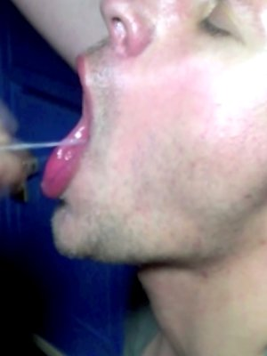 A cum facial for a slutty bareback boy