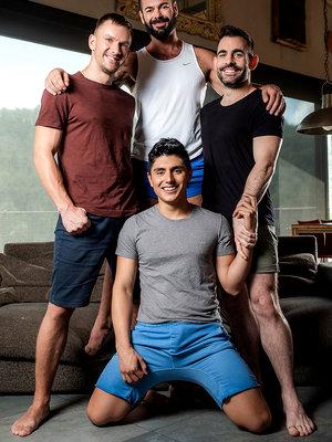 Max, Andrey, Victor, Ken - Raw Bros Foursome