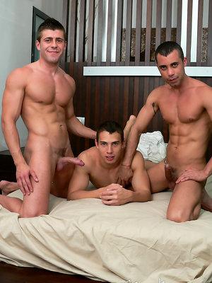 Casting Couch #65: Renato Lima, Mike Colucci, Juan