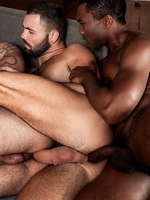 Sean Xavier And Jeffrey Lloyd Share Lucas Leon's Ass