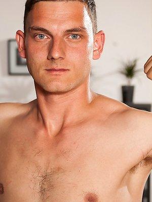 Simon Karcher - Erotic Solo