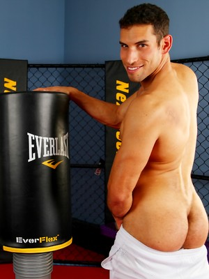 Muscled boy Ricky Decker