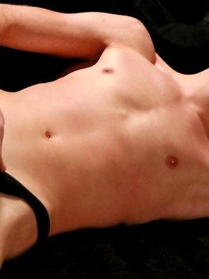 Twink Marinuss posing nude