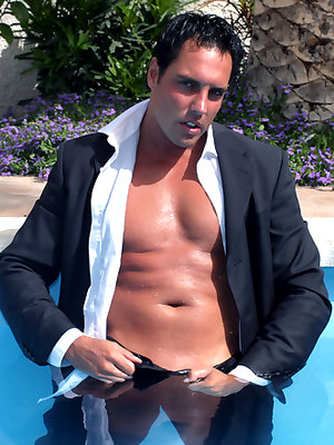 After a hard day at the office, Marcello couldn't wait to have a dip in the pool and have a great wank